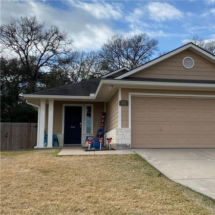 Rent this 3 bed house on Ava Dr in Brenham, TX