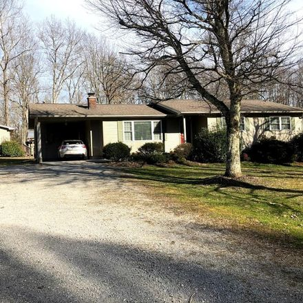 Rent this 3 bed house on 1016 Smallwood Rd in Jamestown, TN
