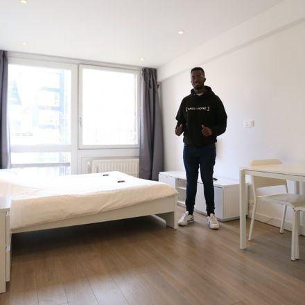 Rent this 0 bed apartment on Rue de Suisse - Zwitserlandstraat 22 in 1060 Saint-Gilles - Sint-Gillis, Belgium