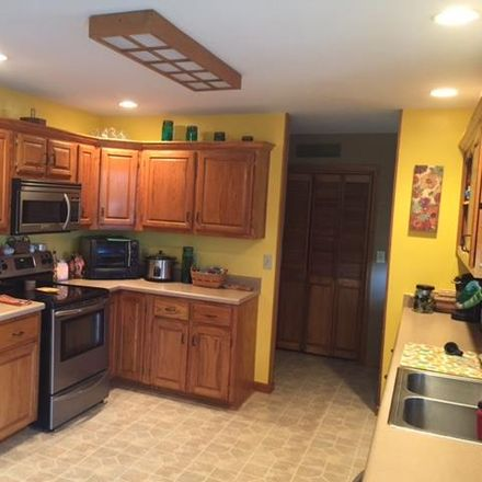 Rent this 3 bed house on New Berry Rd in Cedar Hill, TN