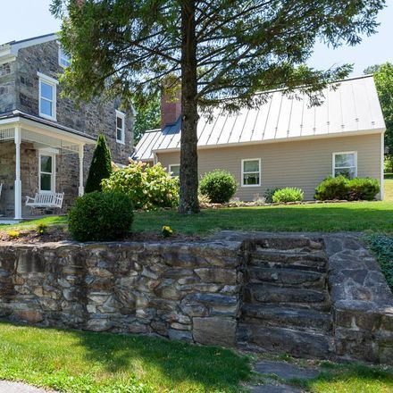 Rent this 4 bed house on Mount Carmel Road in Orrtanna, PA 17353