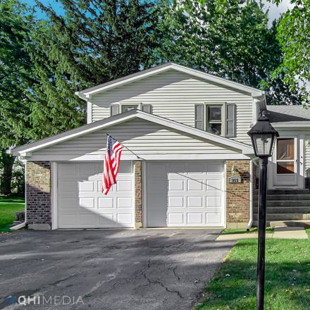 Rent this 3 bed house on 265 Stockport Court in Roselle, IL 60172