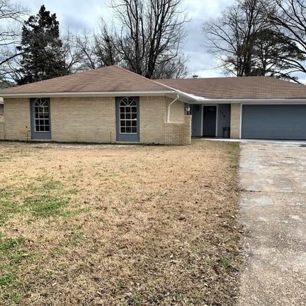Rent this 3 bed house on 114 Red Oak Road in Clinton, MS 39056