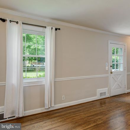 Rent this 4 bed house on Holmes Run Rd in Falls Church, VA