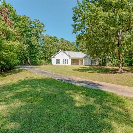 Rent this 3 bed house on E Calloway Rd SW in Marietta, GA