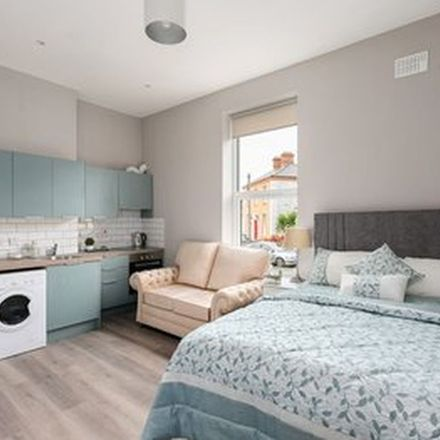 Rent this 2 bed apartment on Edgewood in Richmond Road, Drumcondra South A ED