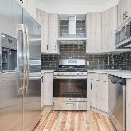 Rent this 3 bed apartment on 958 71st Street in New York, NY 11228