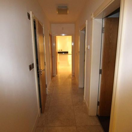 Rent this 2 bed apartment on Pargate Chase in Rochdale OL11 5DZ, United Kingdom