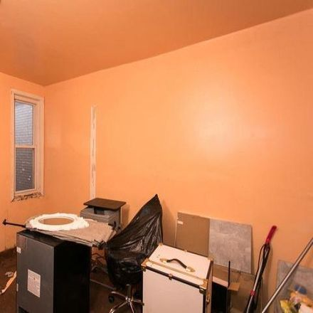 Rent this 3 bed condo on 3004 Windsor Avenue in Baltimore, MD 21216