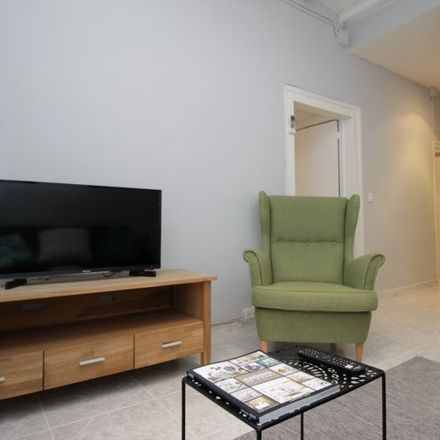 Rent this 2 bed apartment on Giovanni Gelateria Italiana in Carrer de l'Argenteria, 55