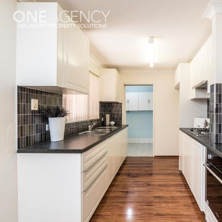 Rent this 3 bed house on 18 Greenway Avenue