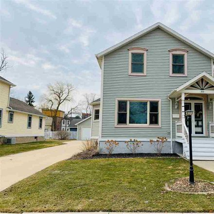 Rent this 4 bed house on 806 Crooks Street in Green Bay, WI 54301