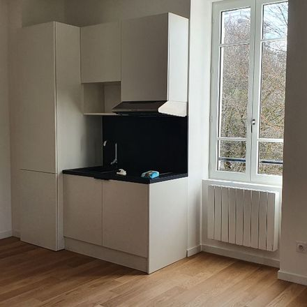 Rent this 1 bed apartment on Résidence les Tassines in Avenue du 8 Mai 1945, 69160 Tassin-la-Demi-Lune