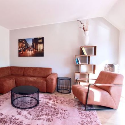 Rent this 2 bed apartment on Kamekestraße 19 in 50672 Cologne, Germany