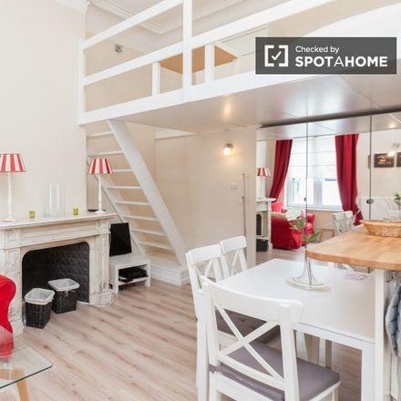 Rent this 1 bed apartment on Rue de Toulouse - Toulousestraat 30 in 1000 Ville de Bruxelles - Stad Brussel, Belgium