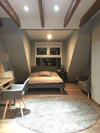 Rent this 1 bed apartment on Schwanheimer Straße 66b in 60528 Frankfurt, Germany