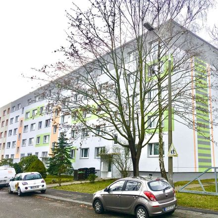 Rent this 2 bed apartment on Gustav-Mahler-Straße 7 in 06712 Zeitz, Germany