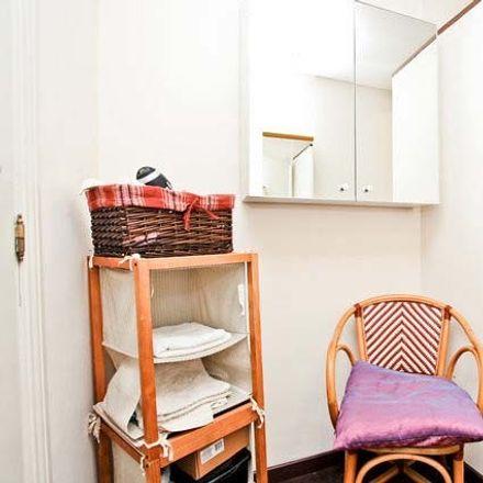 Rent this 3 bed room on Carrer de la Marina in 101, 08013 Barcelona
