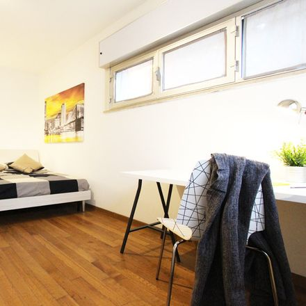 Rent this 4 bed room on Via Bissuola in 94, 30173 Venezia VE