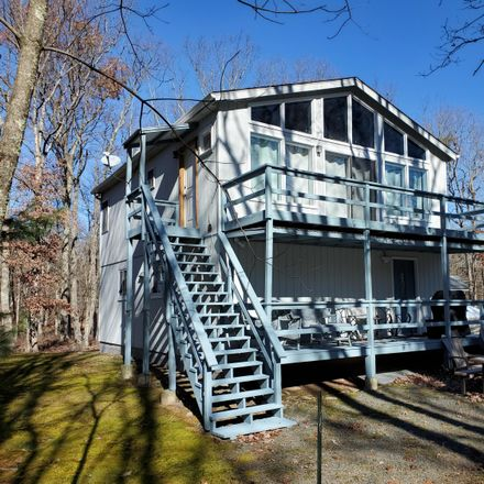 Rent this 3 bed house on 234 Lower Lakeview Dr in Hawley, PA