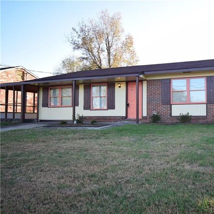 Rent this 3 bed house on 1709 Epworth Street in Phenix City, AL 36869
