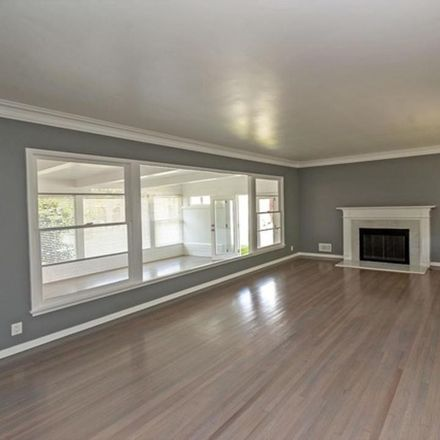 Rent this 3 bed condo on 852 11th Street in Santa Monica, CA 90403