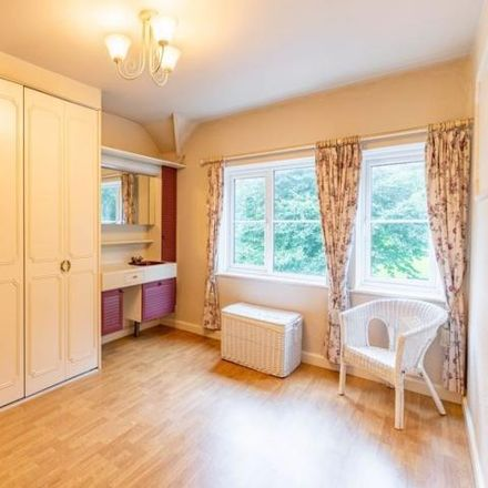 Rent this 3 bed house on Cook Avenue in Dixons Green, DY2