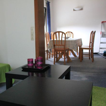 Rent this 2 bed apartment on Amselstraße 8 in 47445 Moers, Germany