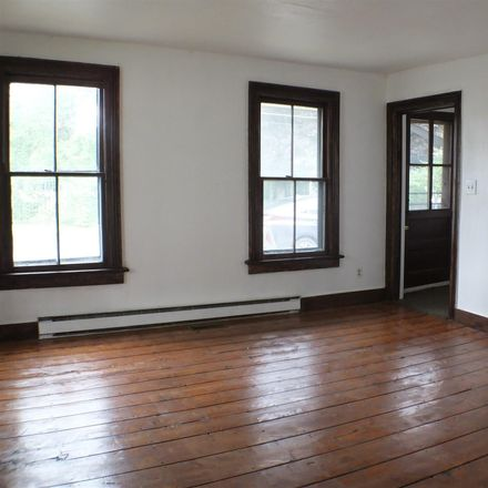 Rent this 2 bed duplex on S Franklin St in Saratoga Springs, NY