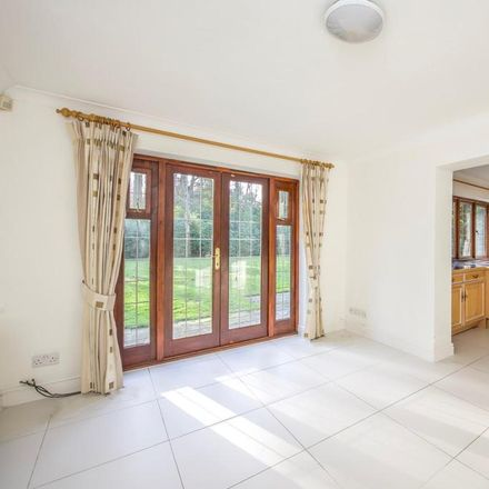 Rent this 5 bed house on Mile Path in Woking GU22 0JX, United Kingdom