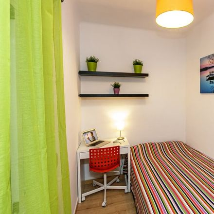 Rent this 4 bed apartment on Maruzella in Passeig de Maragall, 304