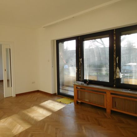 Rent this 3 bed apartment on A 57 / Krefeld in 47829 Krefeld, Germany