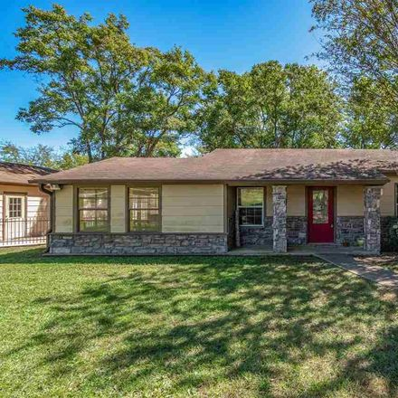 Rent this 3 bed house on Co Rd 240 in Henderson, TX