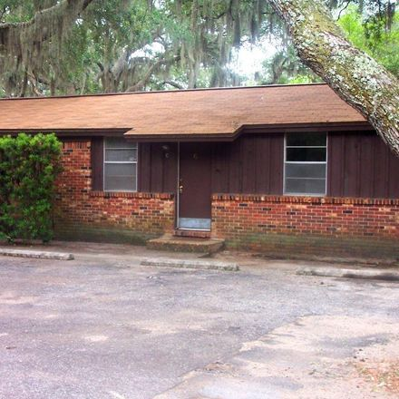 Rent this 2 bed apartment on 947 Don Dr in Fort Walton Beach, FL