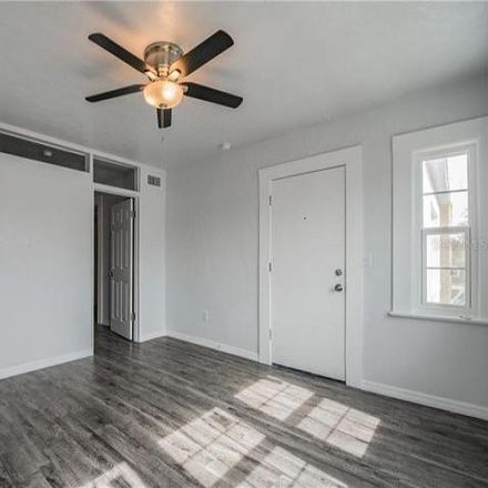 Rent this 1 bed apartment on 769 5th Avenue North in Saint Petersburg, FL 33701