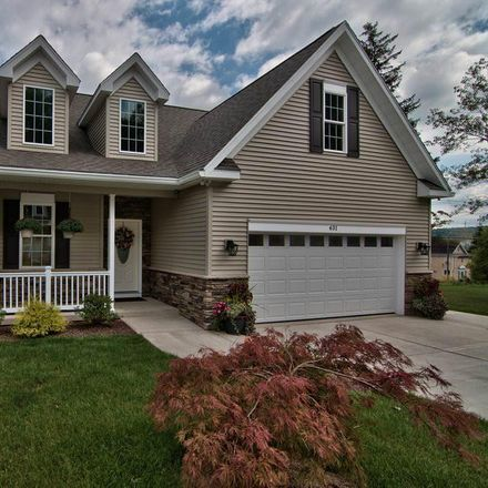 Rent this 3 bed townhouse on Hideaway Drive in Moscow, PA 18444