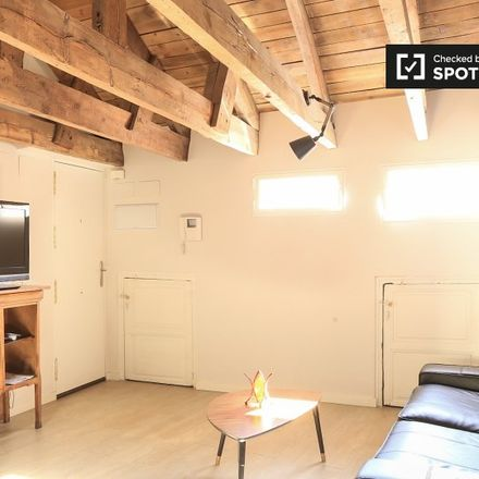 Rent this 1 bed apartment on Cereal Hunters in Calle de Mejía Lequerica, 28001 Madrid