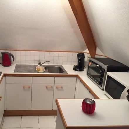 Rent this 5 bed apartment on Avenue du Guéret 20 in 1300 Wavre, Belgique