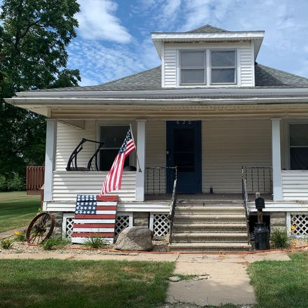 Rent this 2 bed house on 620 Maple Street in Chenoa, IL 61726