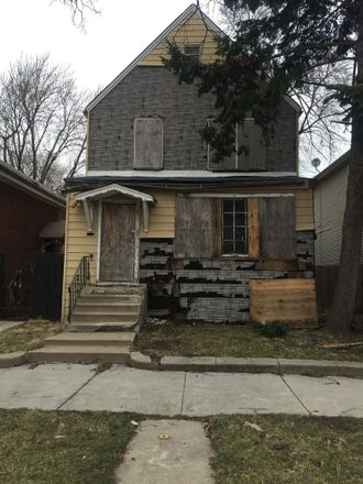 Rent this 3 bed house on Chicago in Auburn Gresham, IL