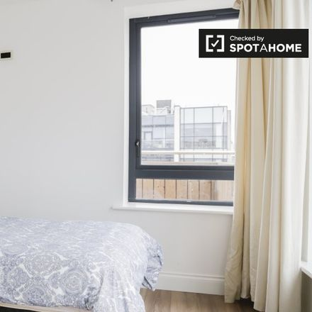 Rent this 10 bed apartment on 4 Stanhope Street in Arran Quay B ED, Dublin