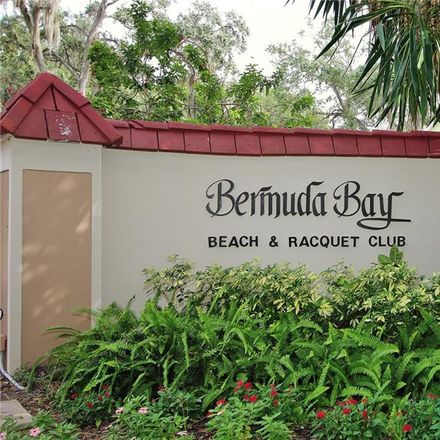 Rent this 1 bed condo on 3650 41st Way South in Saint Petersburg, FL 33711