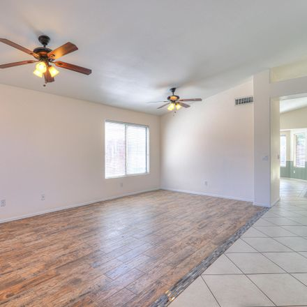 Rent this 3 bed house on 2890 South Camellia Drive in Chandler, AZ 85286