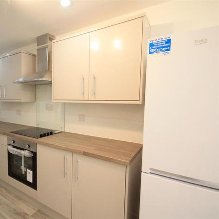 Rent this 2 bed house on Westgate Road in Bishop Auckland DL14 7AB, United Kingdom