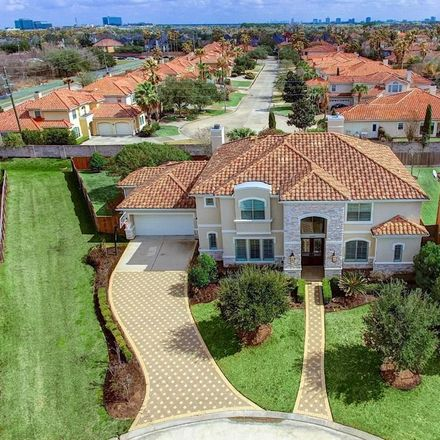 Rent this 5 bed house on Lake Meadows Court in Houston, TX 77077:77082