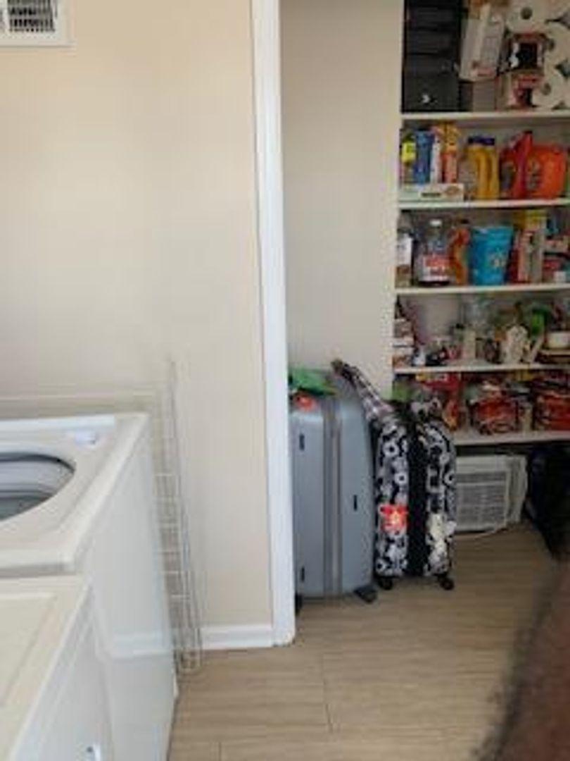 Room in 1-bed apt at 1071 Van Houten Avenue, Clifton, NJ ...