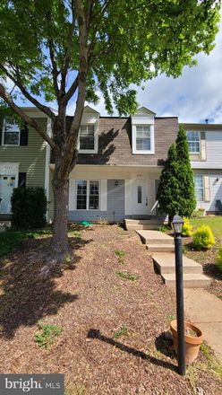 Rent this 3 bed townhouse on 3287 Tayloe Ct in Herndon, VA