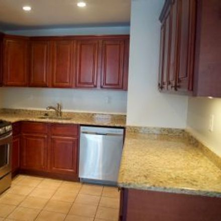 Rent this 2 bed apartment on 1022 Pine Street in Philadelphia, PA 19103