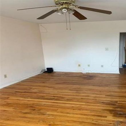 Rent this 2 bed condo on 1329 Seneca Avenue in New York, NY 10474