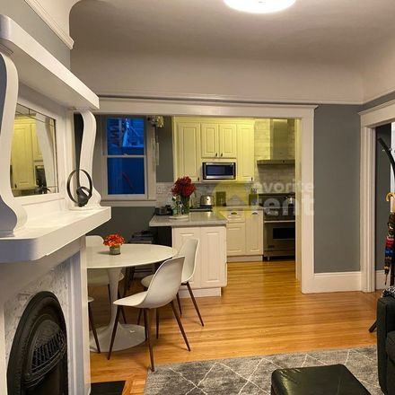 Rent this 2 bed apartment on 1027;1029 Washington Street in San Francisco, CA 94133